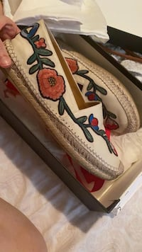 Gucci Artist Collection Size 7.5