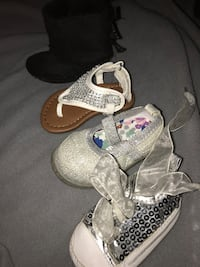 Four white-gray-and-black unpaired flat shoes and boot Dos Palos, 93620