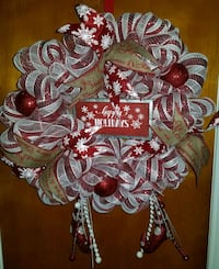 Happy holiday deco mesh wreath