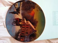 round brown and black decorative plate Sun Valley, 89433
