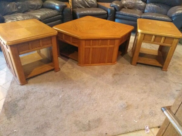 Havertys 3 Piece Living Room Table Set
