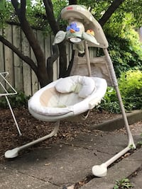 Fisher Price Nature's Touch Cradle Swing Toronto, M6H 3X8