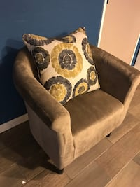 New Champagne Barrel Accent Chair
