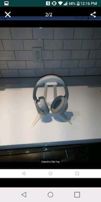 Headphone stands(stands only no headphones) Reston