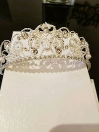 Tiara crown  778 km