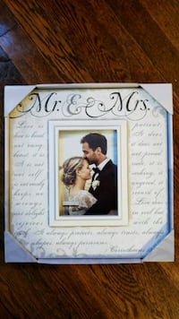 Mr mrs picture frame Warwick, 02886