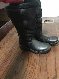 Black leather wide-calf snow boots Toronto, M1K 1V4