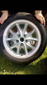 Like new Jaguar wheel and tyre 5677 km