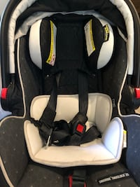 Graco infant rear facing car seat- barely used Toronto, M2J 0G1