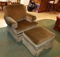 Olive green lazy brown chair with ottoman Metairie, 70003
