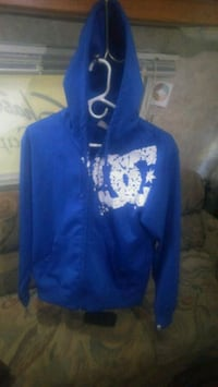 blue and white floral zip-up hoodie Mount Vernon, 98273