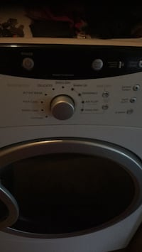 white front-load clothes washer Columbus, 43119