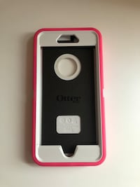 Otter box hot pink excellent condition like new fits a size 6plus iPhone Lenoir, 28645