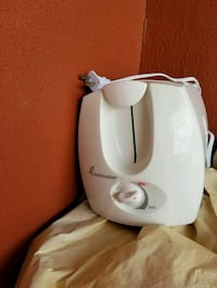 white and gray electric kettle London, N6H 4Y8