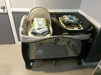 baby's gray and white bassinet Chicago, 60652