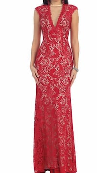 Gorgeous lace red gown  Keswick, L4P 3P2