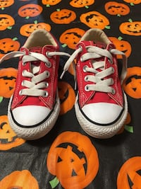 Pair of red converse all star low-top sneakers 10.5 c Tulsa, 74110