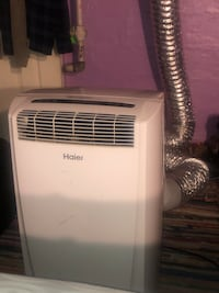 Portable air conditioner w/ tube  PICK UP ONLY
