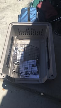 white and gray pet carrier Cathedral City, 92234