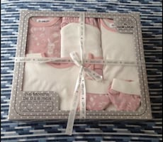 Brand new baby outfit gift set