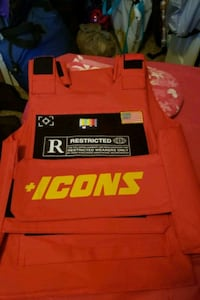 Icons limited red vest Atlanta, 30329