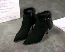 GUCCI leather and fur boots