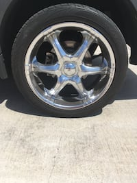"""Boss 20"""" Crome wheels and tires 5 lug should fit most vehicles"""