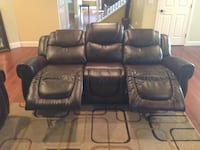 Real leather reclining couch! Tukwila, 98188