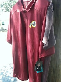 New redskin polo. L Laurel, 20708