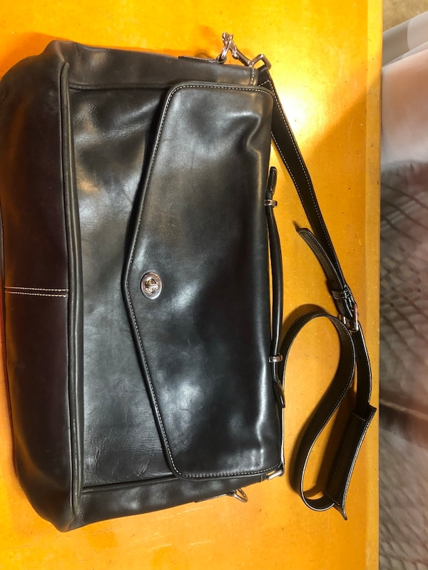 147052a0acf3 Used Black side bag for sale in Vacaville - letgo