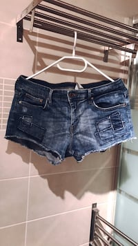 Paire de shorts courts en denim bleu Toulouse, 31500