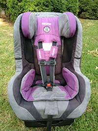 baby's gray and pink car seat Lexington, 27295