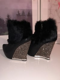 REAL FUR, SPARKLY Party Booties Richmond Hill, L3T 7W5
