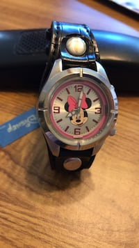 Minnie Mouse child's watch with lighted dial, black band Voorhees, 08043