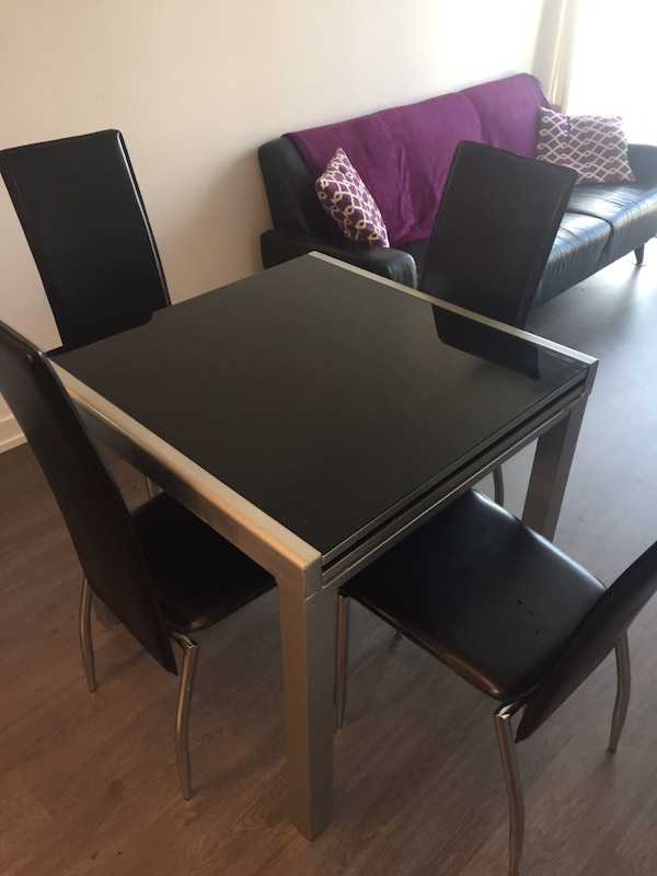 Used Black Struc Jasmine Extendable Dining Table Perfect For Condo In Toronto Letgo