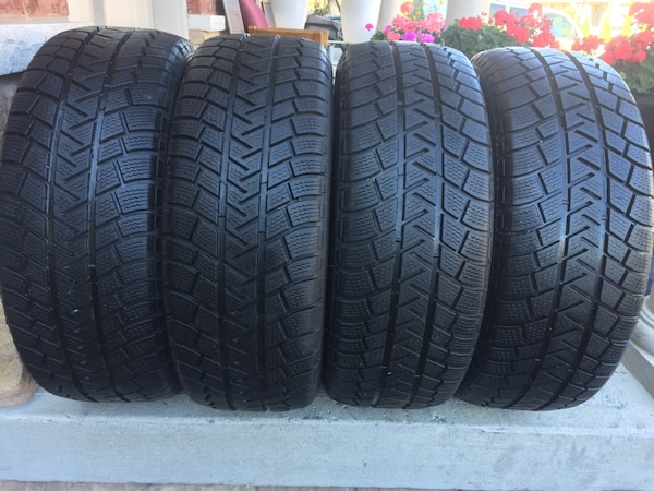 set of 4 winter tires Michelin LATITUDE size 225/55/R18 0