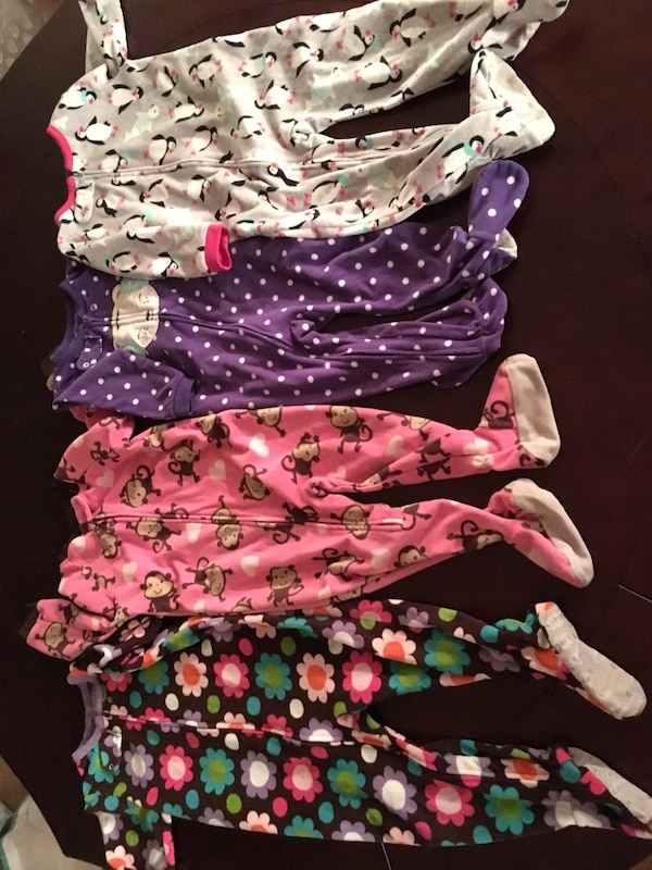 498256390 Used Carters Pajamas- Size 24 months for sale in East Point - letgo