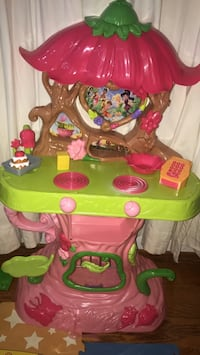 toddler's pink and green Tinker Bell kitchen playset Falls Church, 22042