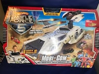 Hot Wheels Battle force 5 Mobi - Com Mobile Command Center BNIB  All the turbo-based action begins in the Battle Force 5 Mobile Command Center Features a repair station, Battle Mode transformation with missile turrets and launching projectiles Use it to s York