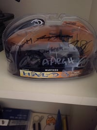 Halo 3 warthog model signed by bungie team one of  Richmond, V7A 1L3