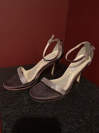 Touch up dyed brown heels size 6 Norfolk, 23502