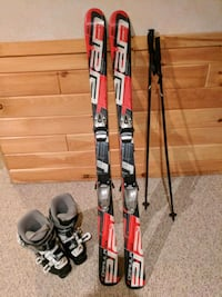 pair of red-and-black snow skis & boots Brandon Township, 48462