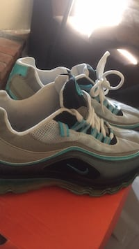 pair of gray-and-teal Nike running shoes Oceanside, 92056