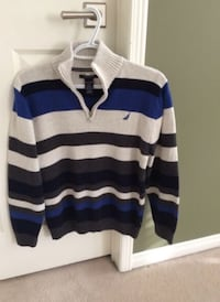 Boys Top/Sweater XL Richmond Hill, L4S 1Y7