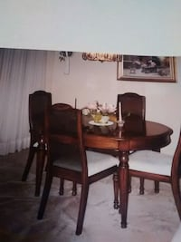 Dining set with 6 chairs Bowmanville, L1C 4Y6