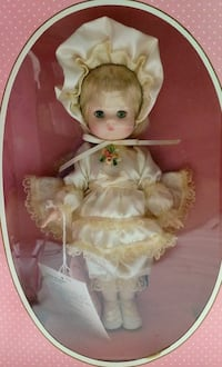 "Effanbee Li'l innocent series Jennifer 9"" Doll Glen Mills, 19342"
