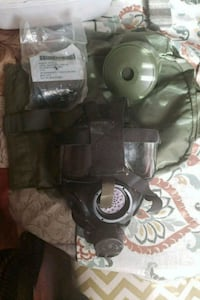 United States Military Issued M40 Gas Mask Bloomingdale, 31302