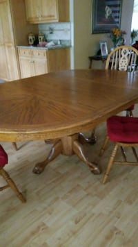 oval brown wooden dining table Anaheim, 92806