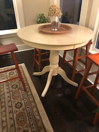 Pottery Barn Dining Table & Chair Set