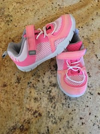 toddler's pink-and-white Nike shoes Cathedral City, 92234